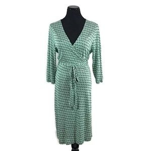 Old Navy Green and White Wrap Dress